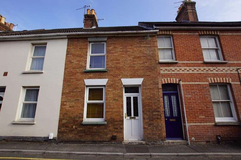 2 Bedrooms Terraced House for sale in Denmark Road, Heckford Park, Poole