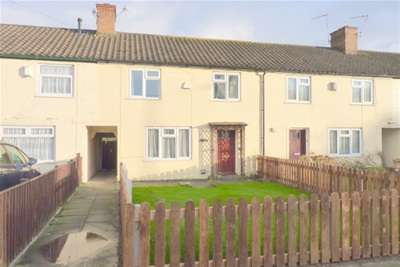 2 Bedrooms Terraced House for rent in Church Lane, Woodchurch