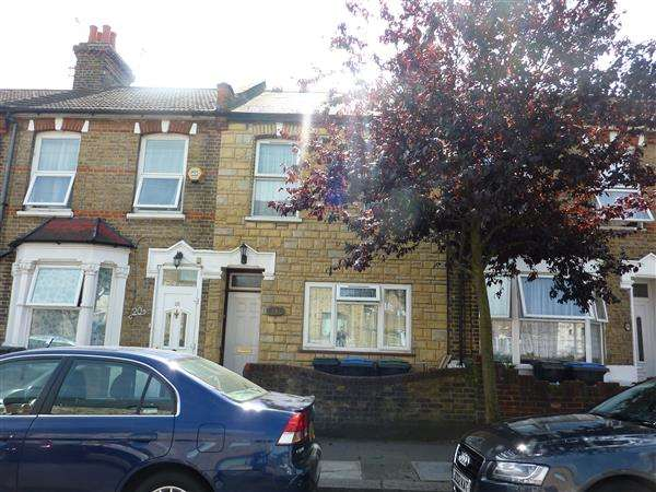 3 Bedrooms House for sale in Alpha Road, London