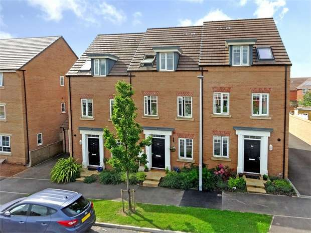 3 Bedrooms Terraced House for sale in 16 Peppercombe Avenue, Rougement Park, EXETER, Devon