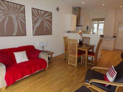 2 Bedrooms Semi Detached House for sale in Llwynon Gardens, Llandudno, Conwy, LL30