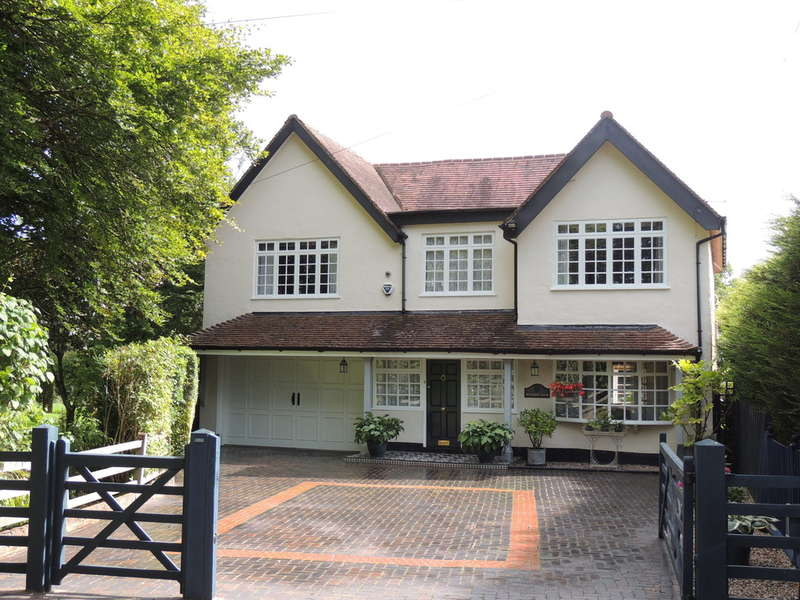 4 Bedrooms Detached House for sale in Salter Street, Hockley Heath, Solihull