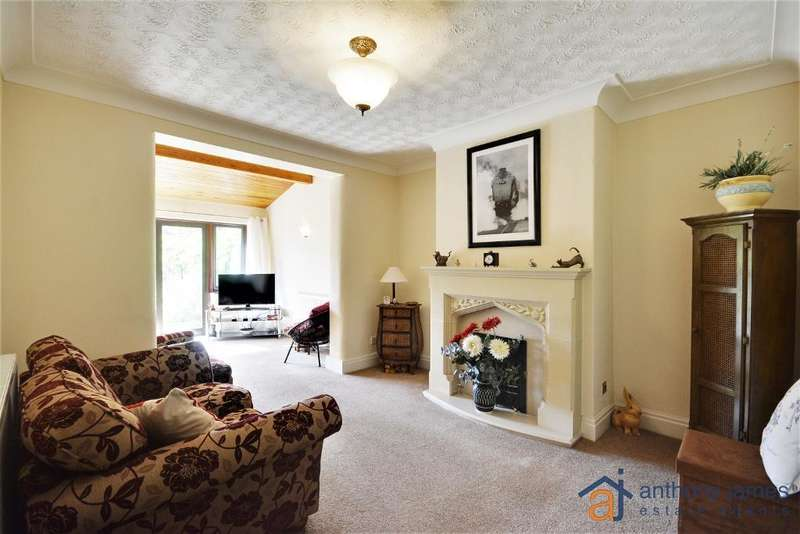 3 Bedrooms House for sale in Balmoral Drive, Southport, PR9 8QE