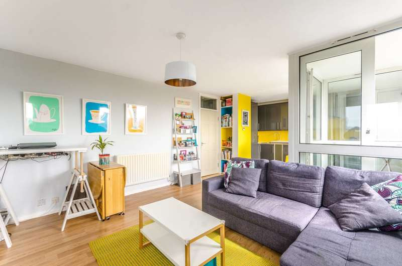 2 Bedrooms Flat for sale in Tillman Street, Shadwell, E1