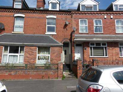 3 Bedrooms Terraced House for sale in Three Shires Oak Road, Smethwick, Birmingham, West Midlands
