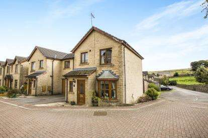 4 Bedrooms Semi Detached House for sale in Woodthorpe, Denholme, Bradford, West Yorkshire