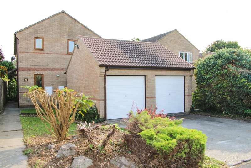 4 Bedrooms Detached House for sale in Pound Close, Burwell