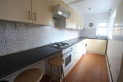 3 Bedrooms House for rent in Cheveral Avenue, Radford, CV6
