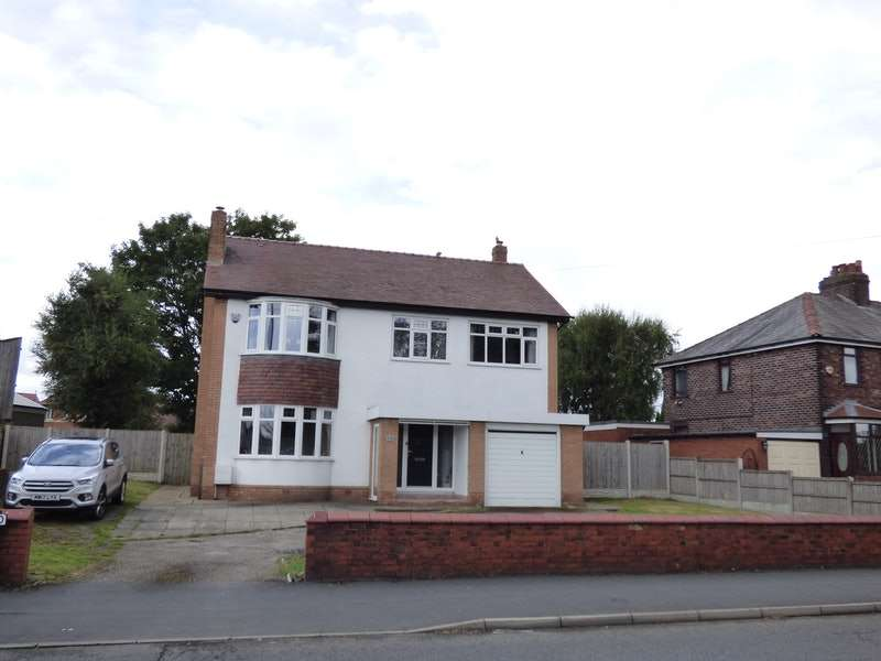 3 Bedrooms Detached House for sale in Lunts Heath Road, Widnes, Cheshire, WA8