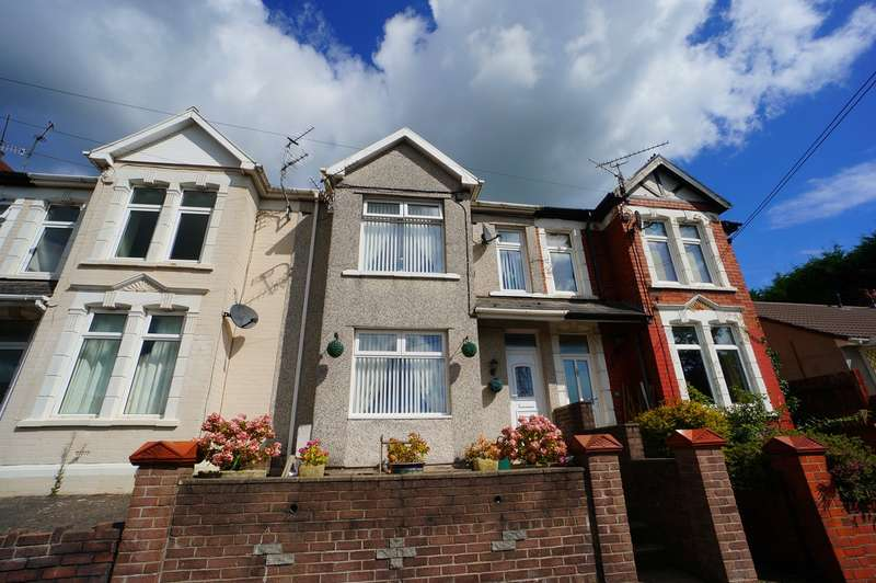 2 Bedrooms Terraced House for sale in Wyndham Terrace, Risca, Newport, NP11