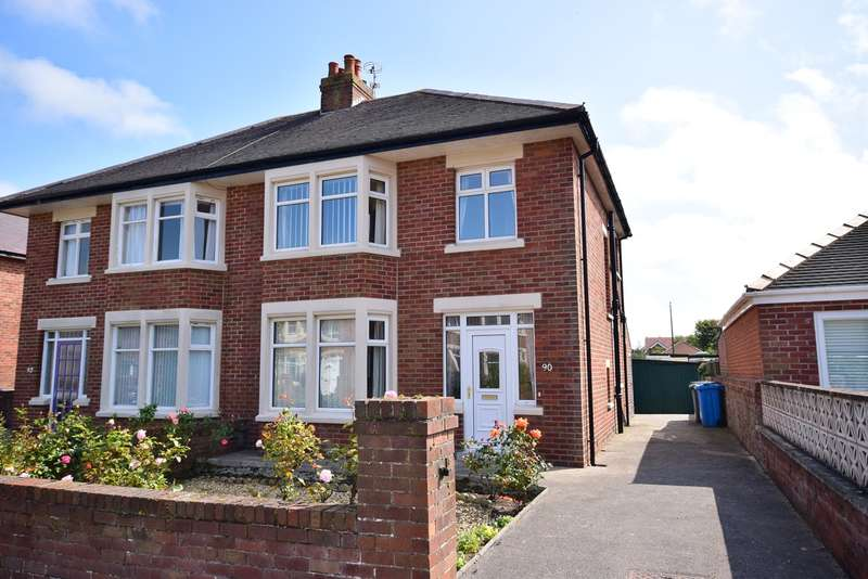 3 Bedrooms Semi Detached House for sale in Banbury Road, St Annes, St Annes, FY8