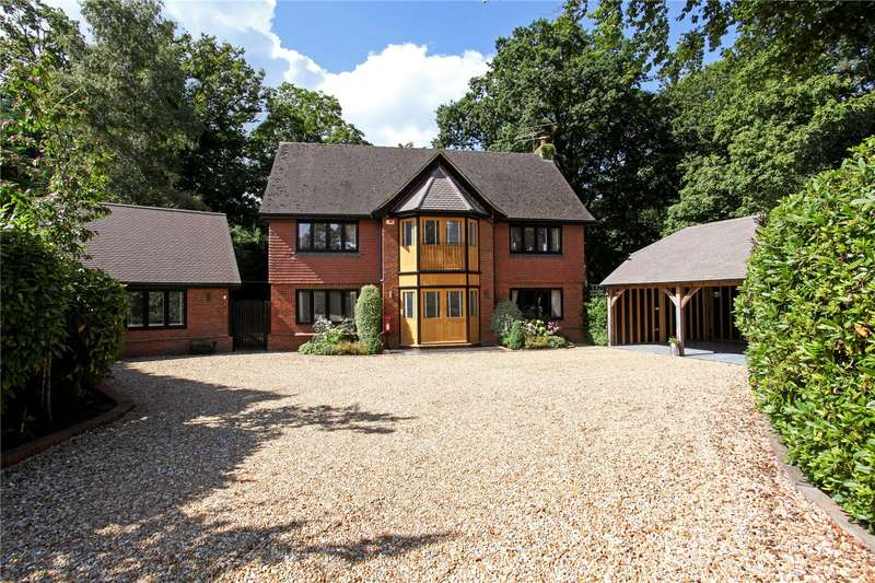 6 Bedrooms Detached House for sale in Aldershot Road, Church Crookham, Fleet, Hampshire, GU52