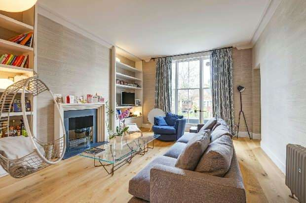 3 Bedrooms Flat for sale in Lawn Road, Belsize Park, NW3