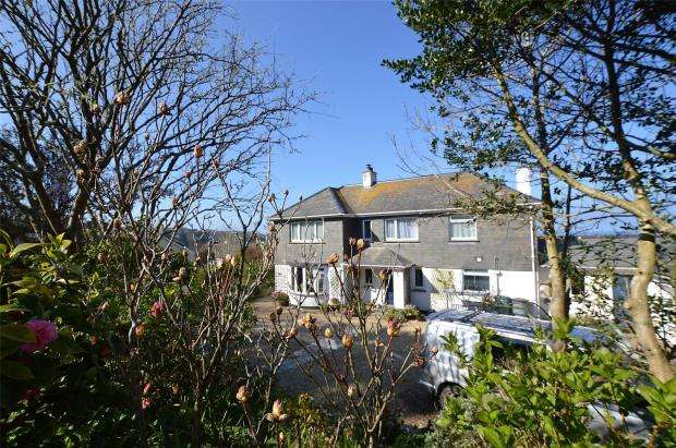 5 Bedrooms Detached House for sale in Boskerris Road, Carbis Bay, St. Ives, Cornwall