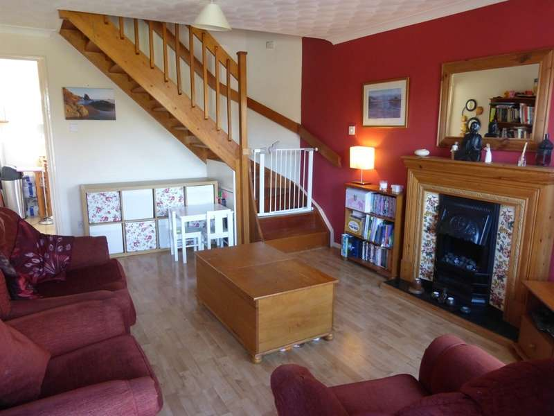 2 Bedrooms Terraced House for sale in Rosemary Close, Sketty, SWANSEA