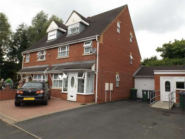 6 Bedrooms Semi Detached House for sale in Pool Road, Smethwick, West Midlands