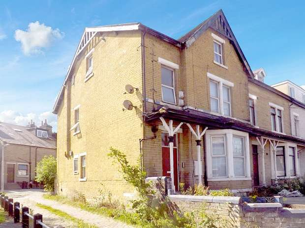 13 Bedrooms Terraced House for sale in Great Horton Road, Bradford, West Yorkshire