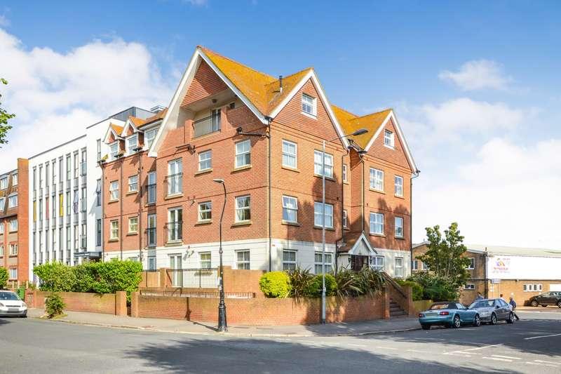 1 Bedroom Flat for sale in St Leonards Road, Eastbourne, BN21