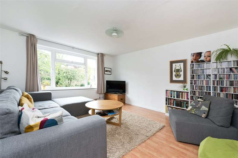 4 Bedrooms Terraced House for sale in Ravensdale Gardens, London