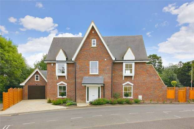 4 Bedrooms Detached House for sale in Allum Lane, Elstree, Hertfordshire