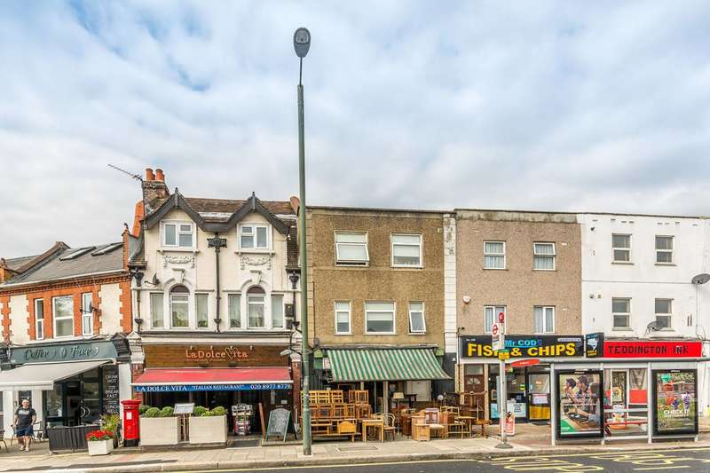 3 Bedrooms Flat for sale in Waldegrave Road, Teddington, TW11