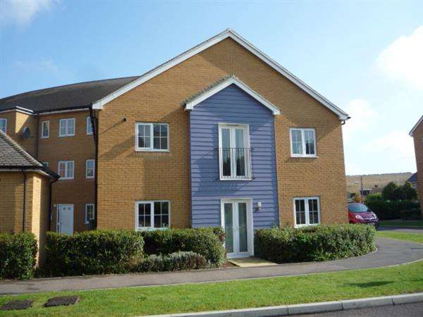 2 Bedrooms Apartment Flat for sale in Amphora Court, Chartwell Lane, Longfield