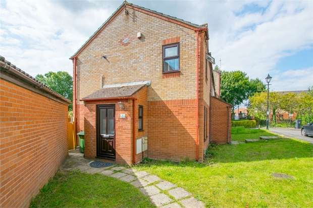 2 Bedrooms Semi Detached House for sale in Hartley Place, Cardiff, South Glamorgan