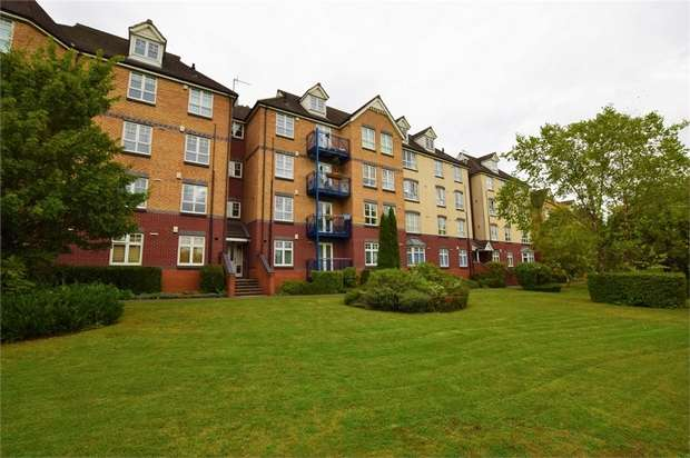 3 Bedrooms Flat for sale in Bedford Road, NORTHAMPTON