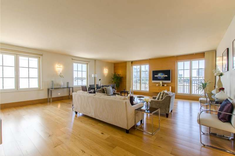 3 Bedrooms Flat for sale in Admiral Square, Chelsea Harbour, SW10