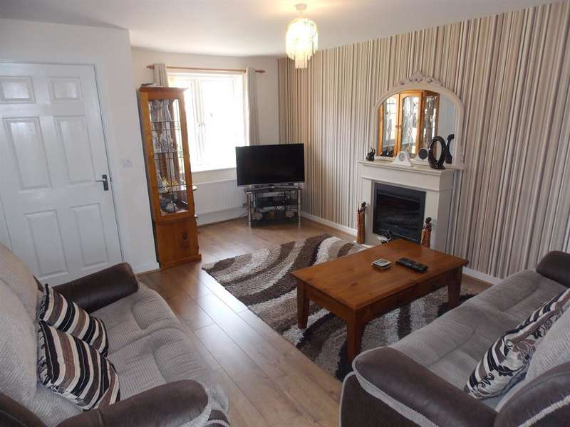 3 Bedrooms Semi Detached House for sale in Harris Court, Thornaby, Stockton-on-Tees, TS17 8GH