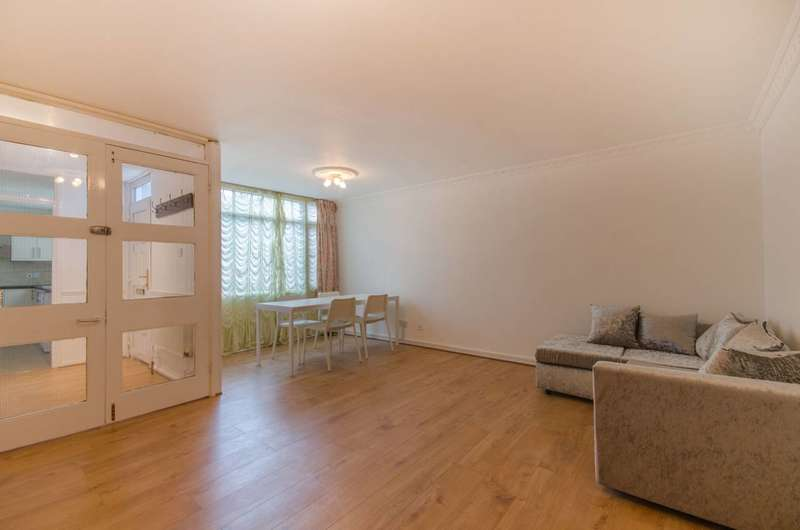 5 Bedrooms Flat for sale in Carlton Grove, Peckham, SE15
