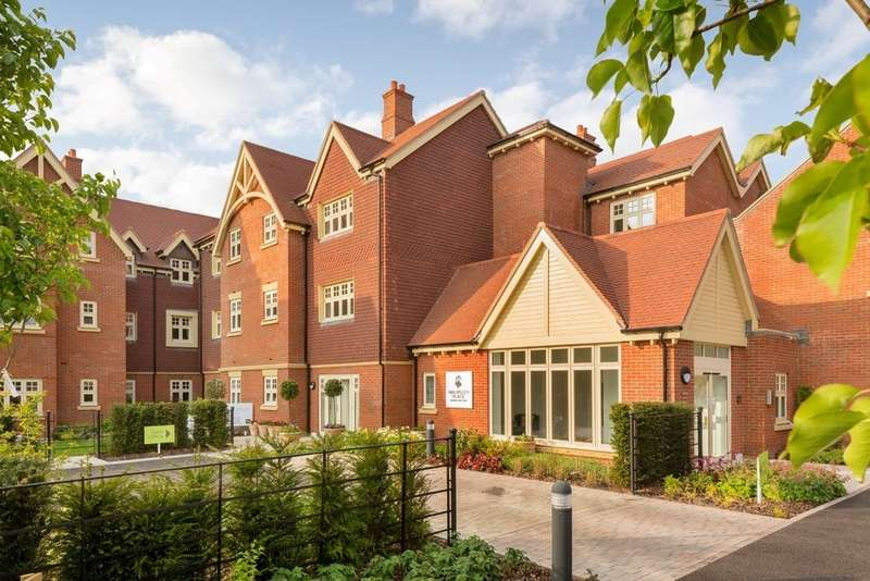 2 Bedrooms Flat for sale in Walmsley Place, Saxby Road