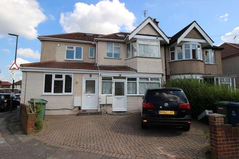 2 Bedrooms Maisonette Flat for sale in Lynton Road, Harrow, London, HA2