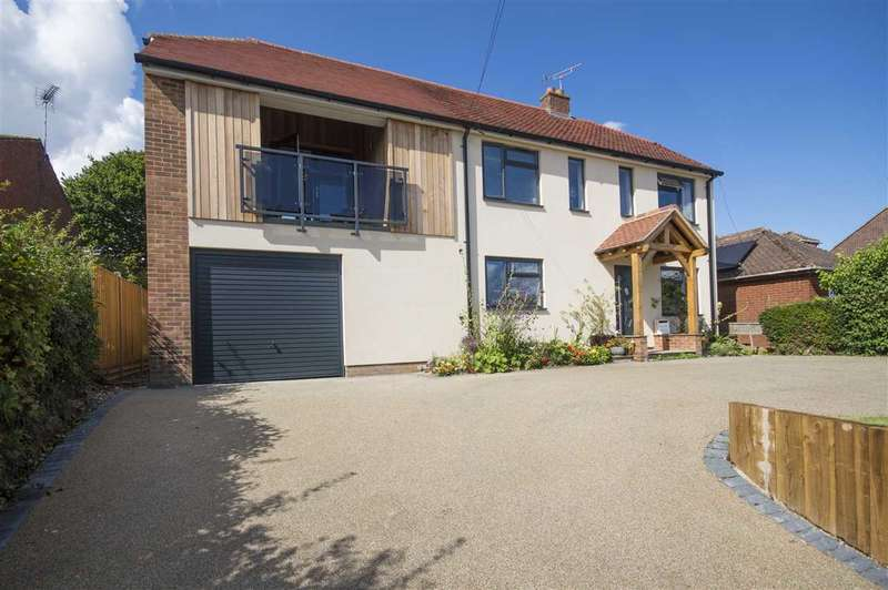 5 Bedrooms Detached House for sale in Valley Rood, Pilgrims Way, Ashford