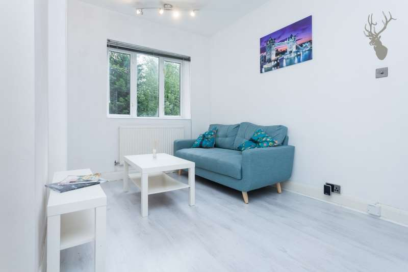 1 Bedroom Flat for sale in Brine House, St. Stephens Road, Bow, E3