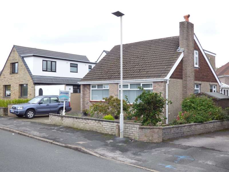 4 Bedrooms Detached Bungalow for sale in Greenwood Crescent, Bolton Le Sands, Lancashire, LA5 8AT