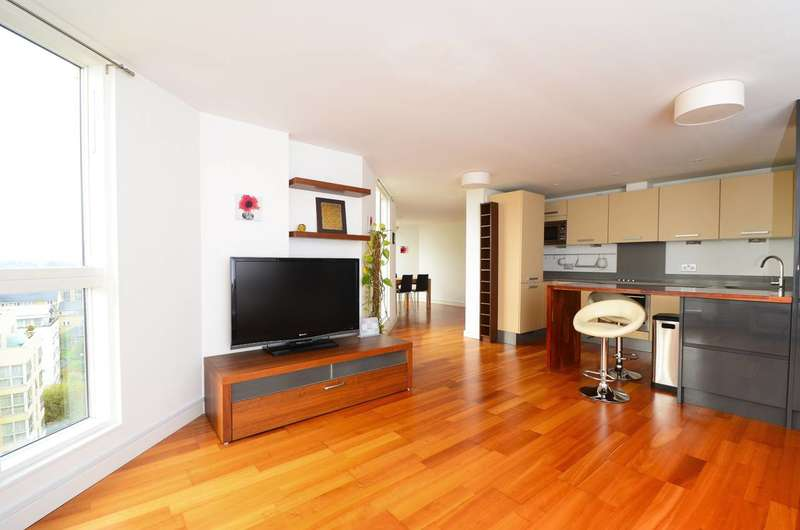 3 Bedrooms Flat for rent in Water Gardens Square, Canada Water, SE16