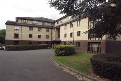 3 Bedrooms Flat for rent in Marklands, Julian Road