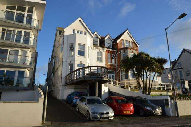 9 Bedrooms Commercial Property for sale in Mount Wise, Newquay, Cornwall