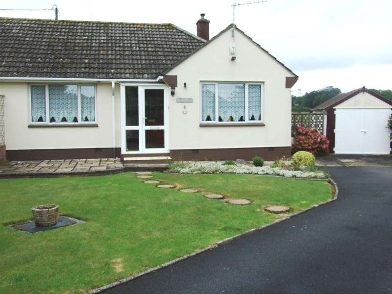 2 Bedrooms Semi Detached Bungalow for sale in Orchard Close, Lytchett Minster, Poole