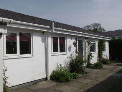 3 Bedrooms Bungalow for sale in Llwyn Gwalch Estate, Morfa Nefyn, Pwllheli, Gwynedd, LL53