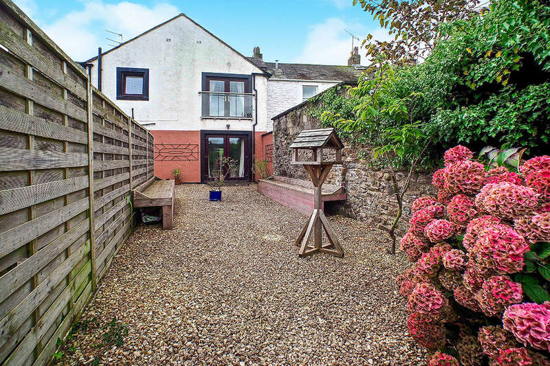 1 Bedroom Flat for sale in Crown Street, Cockermouth, CA13