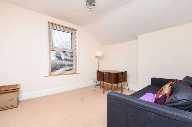 1 Bedroom Flat for sale in Clairview Road, Streatham, SW16