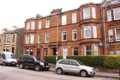 3 Bedrooms Flat for sale in Barterholm Road, Paisley, Renfrewshire