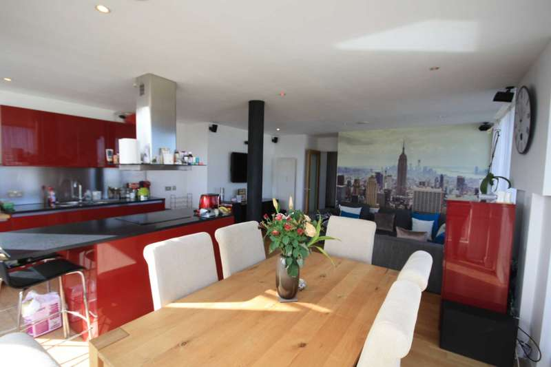 2 Bedrooms Apartment Flat for sale in Vantage Quay, Northern Quarter