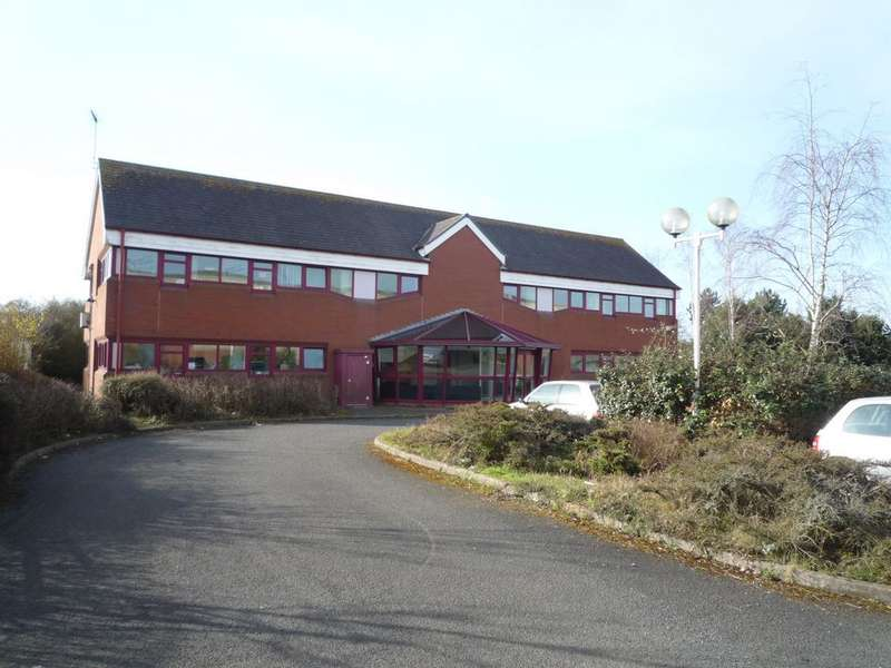 Office Commercial for rent in Tything Road East, Alcester, B49