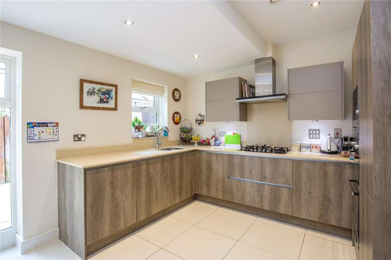 3 Bedrooms End Of Terrace House for sale in Kinsale Close, Mill Hill, London, NW7