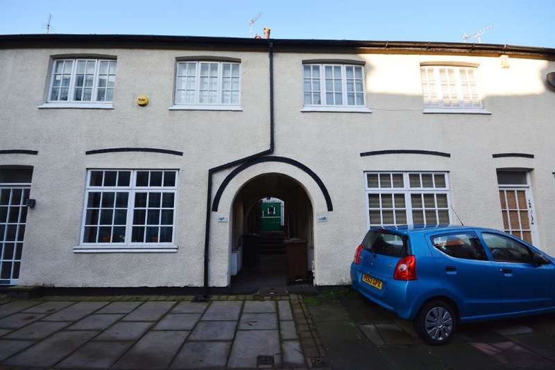 2 Bedrooms House for sale in Stanley Street, Southport, PR9 0BY