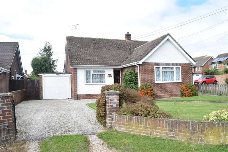 2 Bedrooms Bungalow for sale in Plantation Road, Boreham, Chelmsford