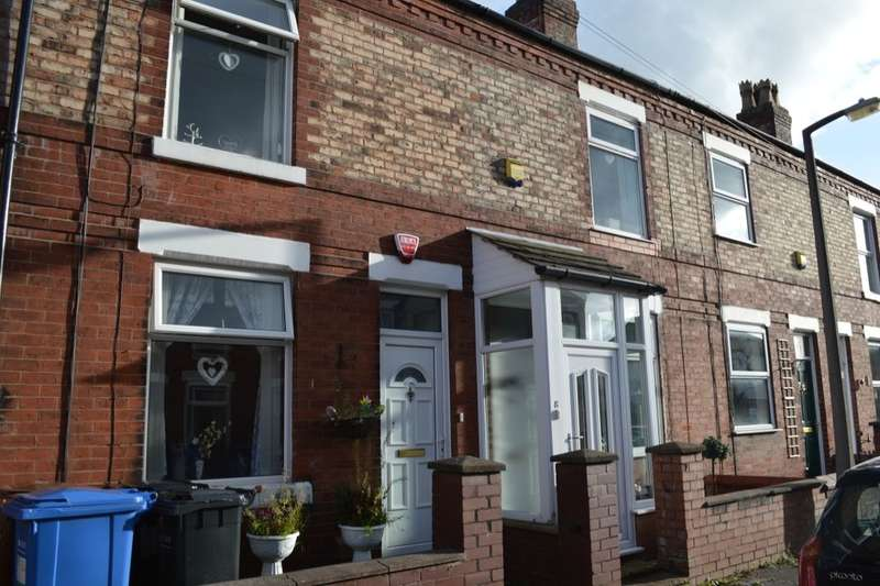 2 Bedrooms Terraced House for sale in Brooks Avenue, Hazel Grove, Stockport, SK7